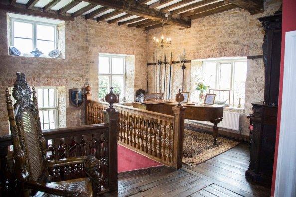 Allington Manor stairwell hotel B&B accommodation Lincolnshire