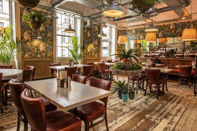 Bill's restaurant Leeds interior dining room
